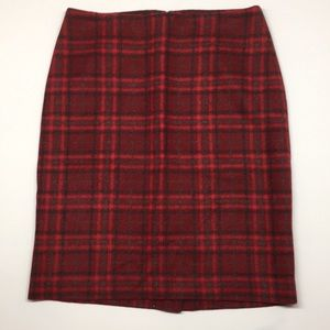 Talbots red plaid pencil skirt like new Size 4p.